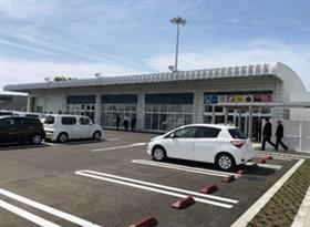 佐賀機場用地裡面的租賃汽車終點站