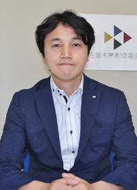 山田健一郎先生